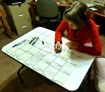 Less stress and insomnia with a large posterboard calendar