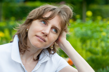 trouble sleeping in mid-life women usually begins in perimenopause